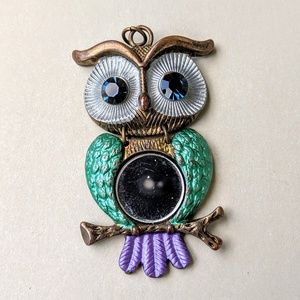 Jewelry - Vintage Antiqued Brass Owl Pendant w/Mirror